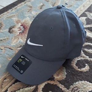 Nike Legacy dri-fit unisex hat